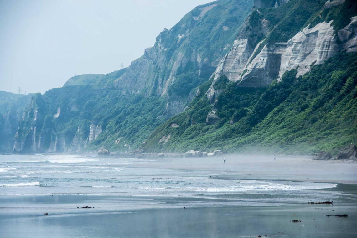 muroran itanki beach white cliffs