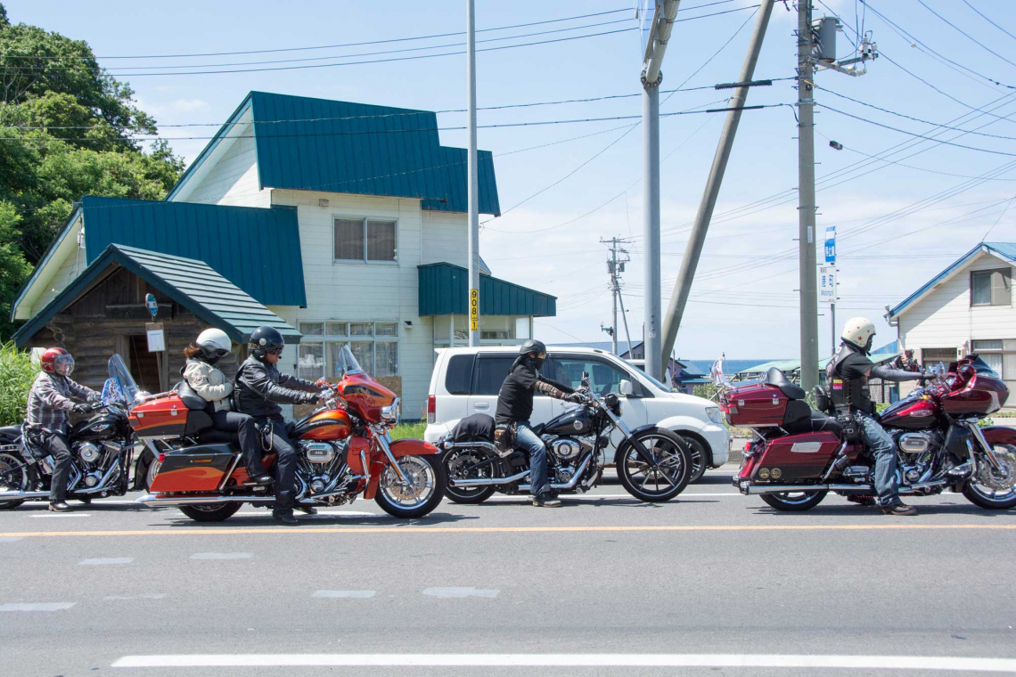 bike club riders in rankoshi hokkaido japan, harley davidson